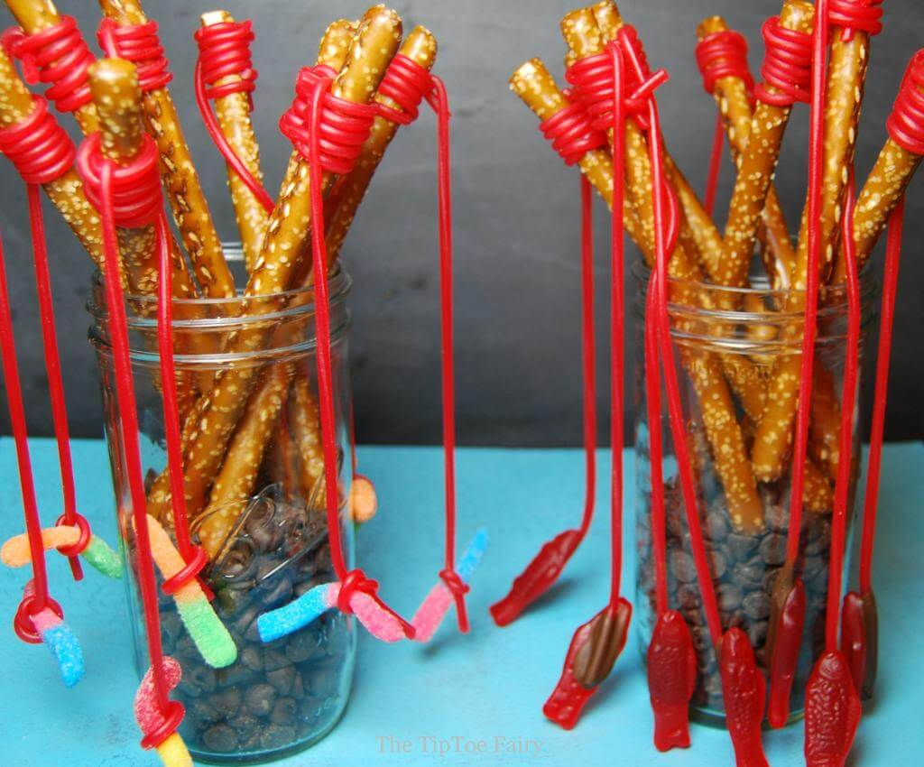 Pretzel fishing rods the tiptoe fairy for Rods fish food