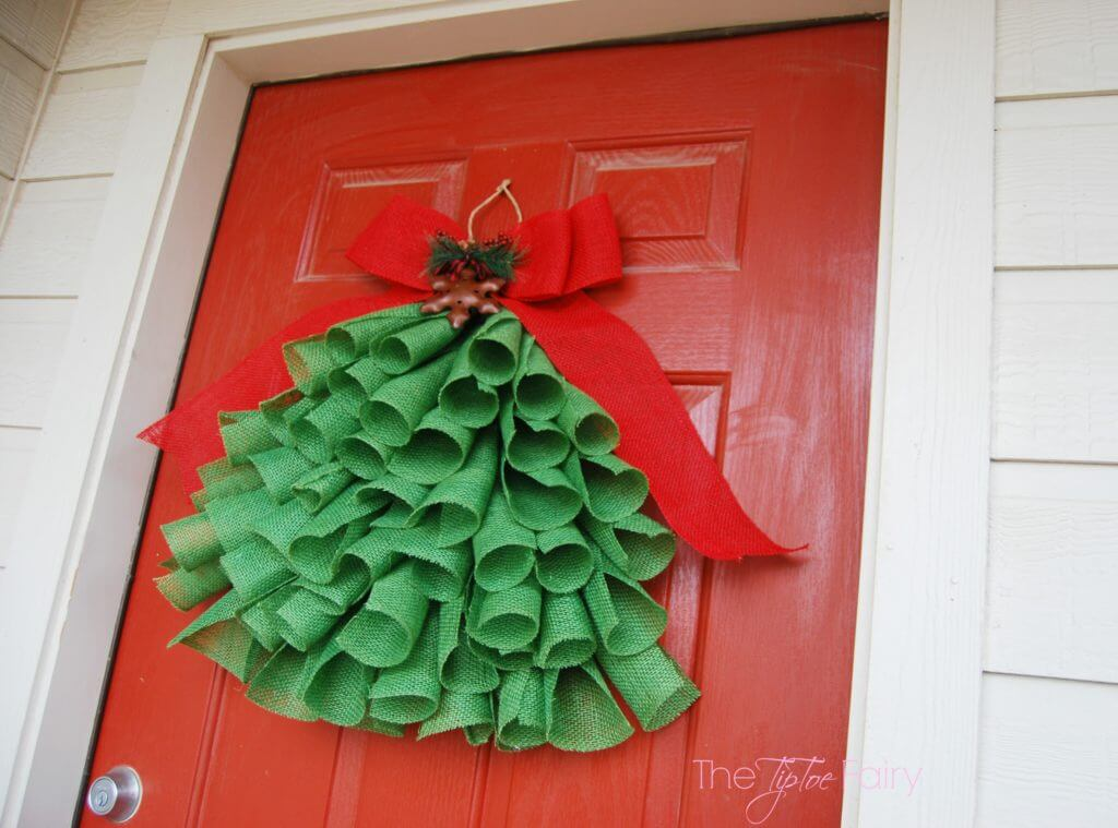 diy burlap christmas tree wall hanging
