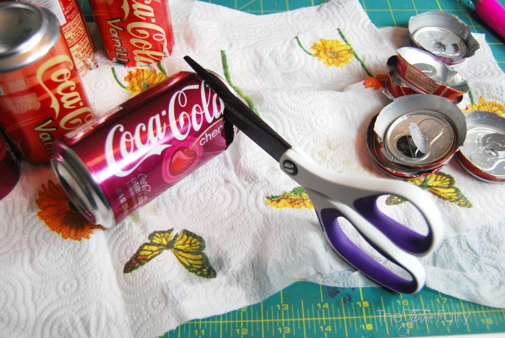 Upcycle your soda cans into a Flower Wreath! Super easy and fun! | The TipToe Fairy