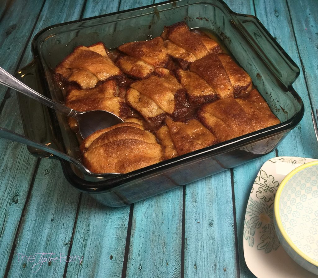 Easy Peach / Nectarine Dumplings! A quick and easy dessert made with crescent rolls! | The TipToe Fairy