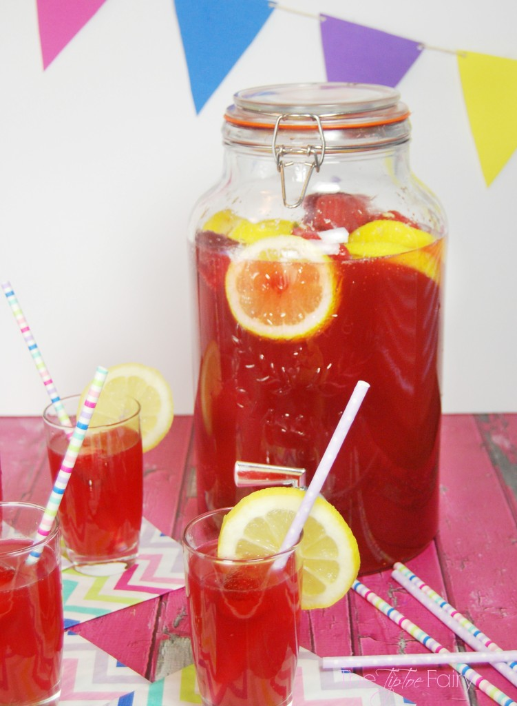 Easy Lemon Berry Party Punch - make your glassware shine with Finish!  #showmetheshine @Target #Ad