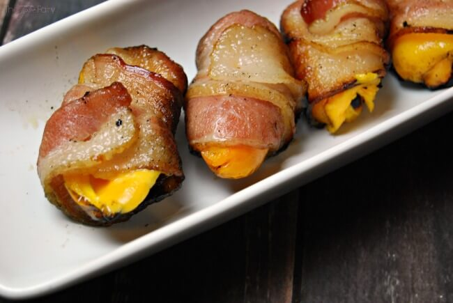 Sweet Pepper Poppers with @VELVEETA. Perfect for a barbecue appetizer and perfect alternative to spicy jalapeno poppers! #LiquidGold5 #ad   The TipToe Fairy
