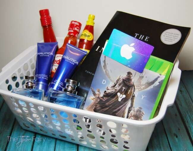 Make a Gen Xer Father's Day Gift Basket for Dad! #ad #NauticaforDad | The TipToe Fairy