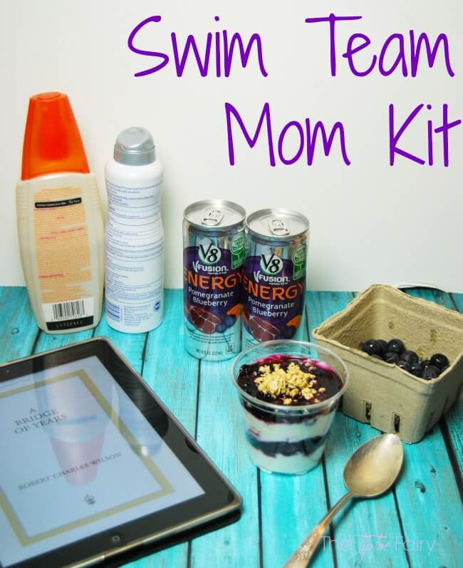 Make an Energizing DIY Sports Mom Kit to bring with you when your kids are at sports practice! #ad #V8EnergyBoost   The TipToe Fairy