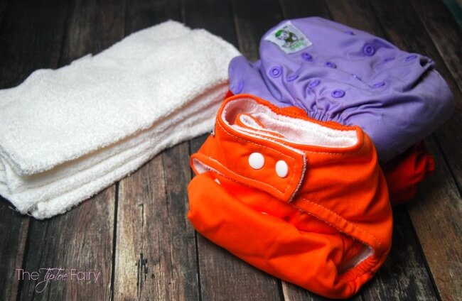 Curious about using or how to wash cloth diapers? Come over & learn how easy it is to use cloth diapers on your #baby or toddler!