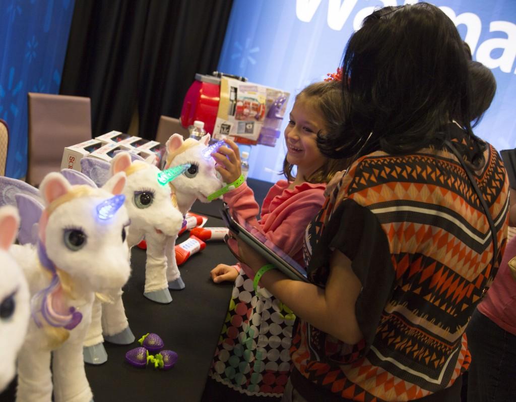 Girls 8-10 Furreal Unicorn