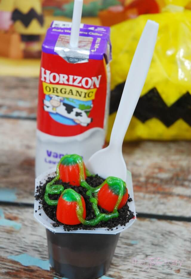 Treats and Eats with the #PeanutsMovie #ad @Albertsons - the Great Pumpkin pudding patch and Charlie Brown Popcorn   The TipToe Fairy