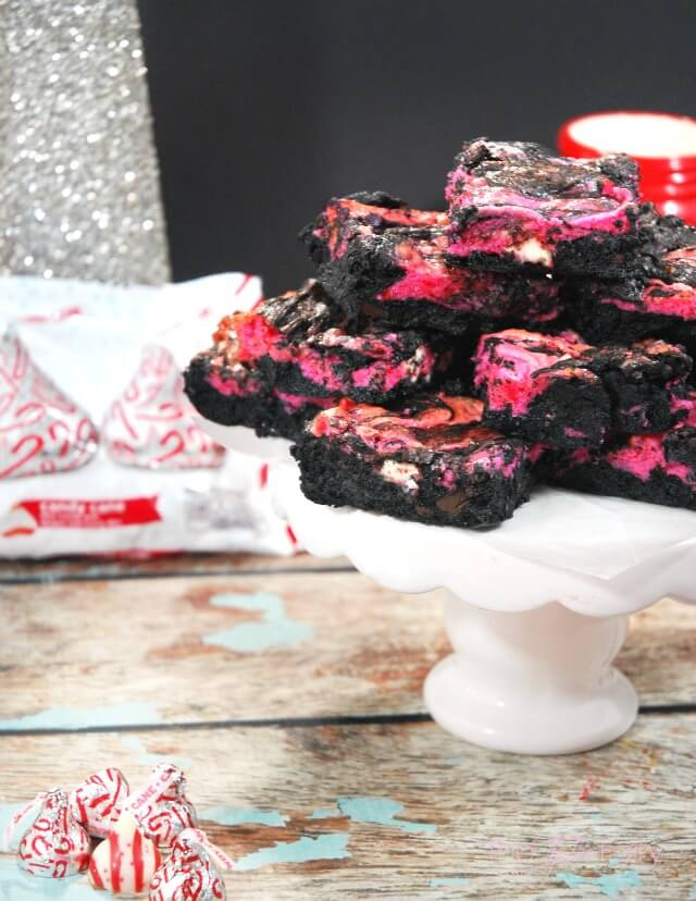 Peppermint Kiss Cheesecake Swirl Brownies - dark chocolate and mint combine in these rich and creamy brownies for a decadent dessert! #ad #NewTraditions   The TipToe Fairy