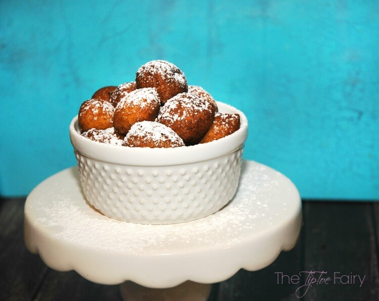 Zeppole Italian Donuts So Easy Come See The Rest Of The Italian Feast