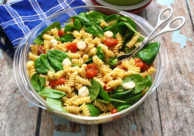 Easy Roasted Tomato Pasta Salad - perfect for any weeknight dinner! #ad #food #foodie