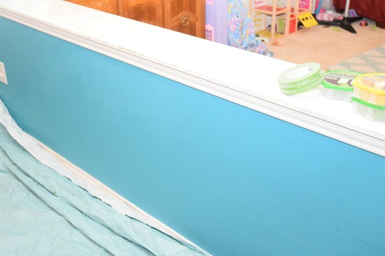 5 Easy Tips for Painting Trim including @FrogTape! #ad