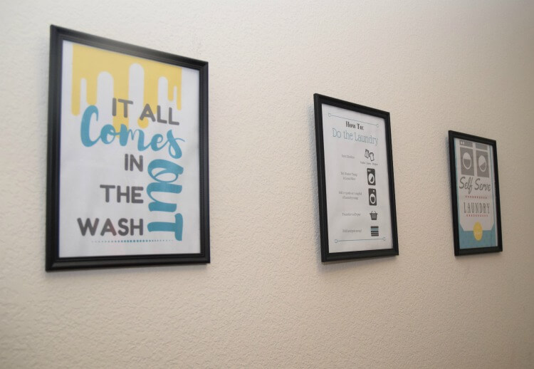 Come by & grab some totally cute #FREE Laundry Printables! #TidePurclean #IC #ad