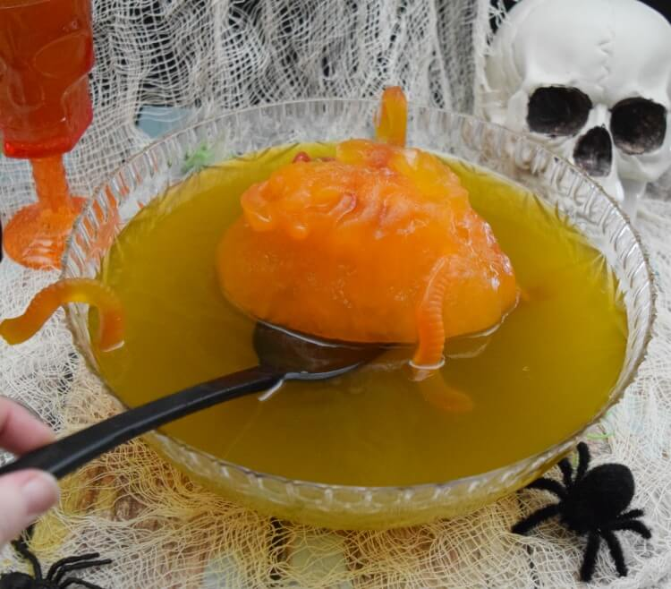 Voodoo Swam Punch for your #Halloween parrty! #drink #recipe