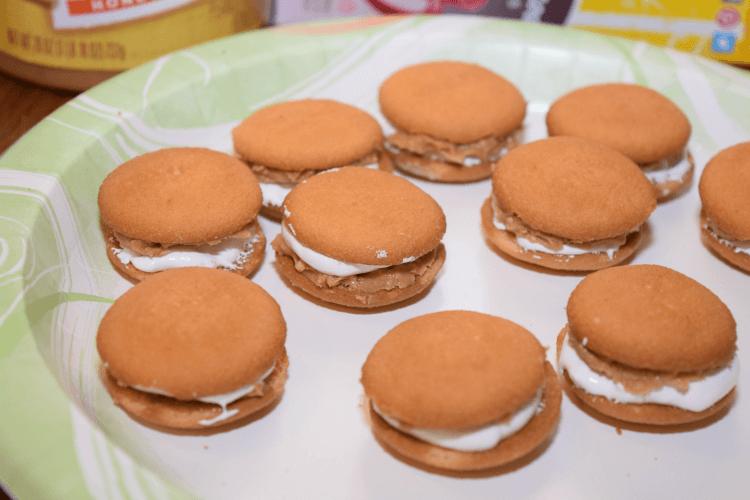 Make something #NewforSanta this year w/ Nilla Fluffernutter sandwiches! #ad