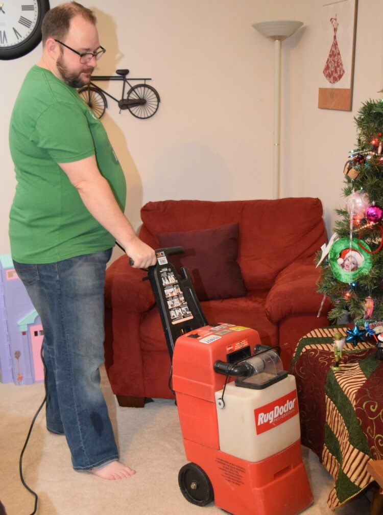 5 Tricks for Your Carpet to #StayClean2016 for the holidays! #ad #RugDoctorDifference @RugDoctor