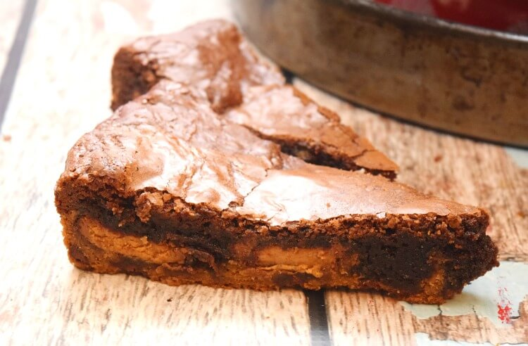 is too easy! See the #recipe for this Peanut Butter Cup Brookie Pizza ...
