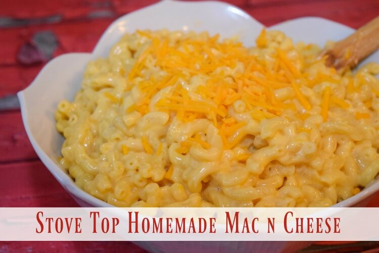 Easy Stove Top Homemade Macaroni & Cheese - less than 15 min! #yum #food