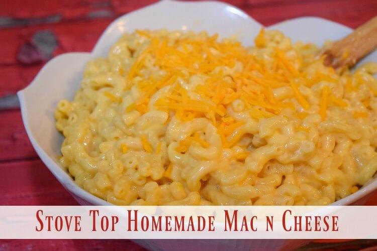 Easy Stove Top Homemade Macaroni & Cheese - less than 15 min! #yum #food
