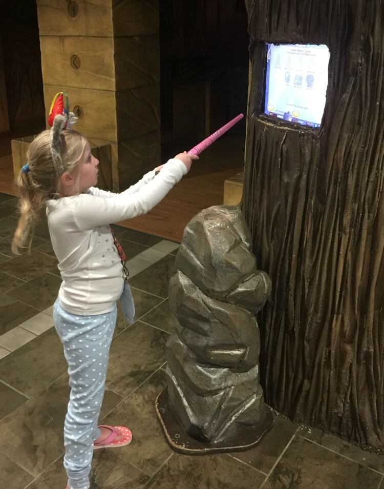 My top TEN Tips for a great time at Great Wolf Lodge Grapevine, TX! #travel #GWLSummerLife