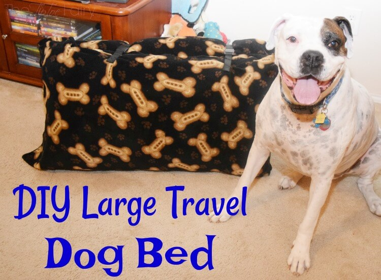 Make a #DIY Large Travel Dog Bed easily! #ad #craft #pet