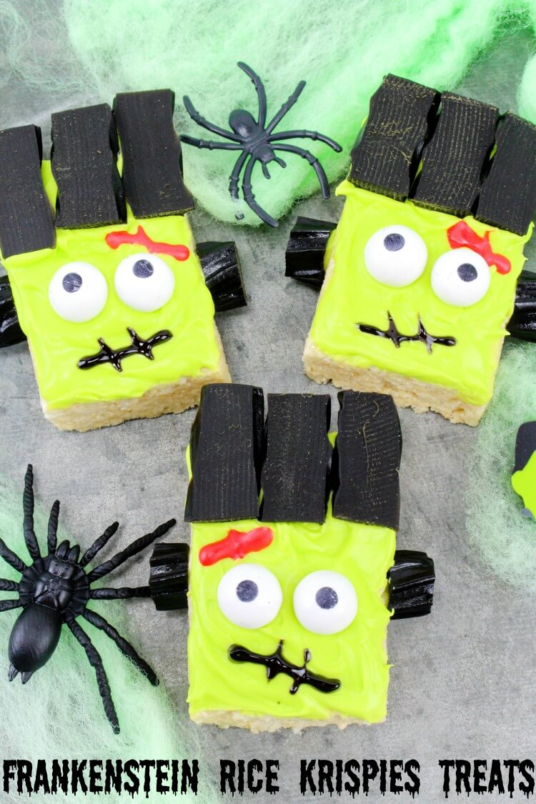 Make these Frankenstein Monster Rice Krispies Treats! Easy & perfect for #Halloween class parties!