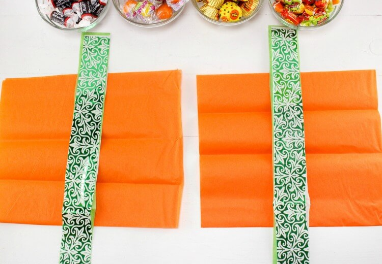 How to: Last Minute Pumpkin Goodie Bags - perfect for the #Halloween class party!