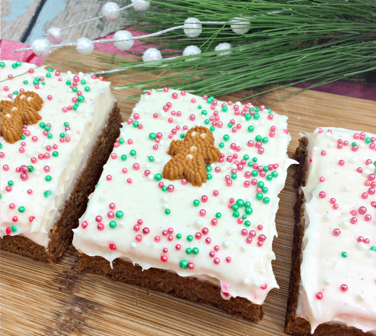 Gingerbread Man Bars - perfect for gift giving, bake sales and just because! #dessert #christmas