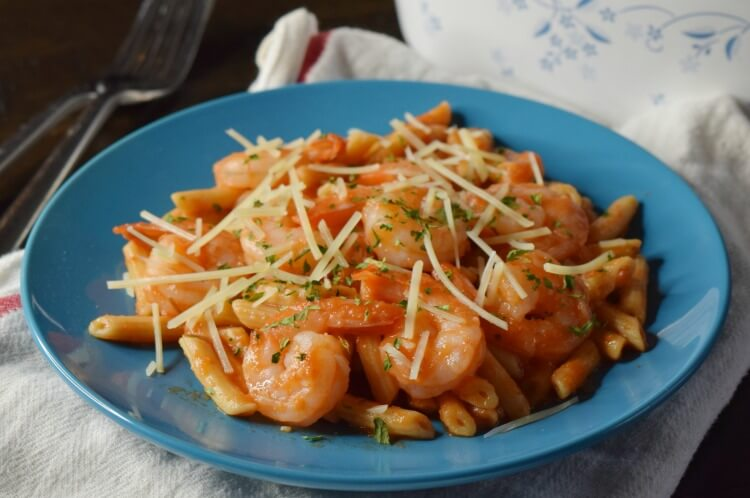 See how easy it is to whip up this Shrimp Italiano for two completely in the microwave in just 5 minutes!