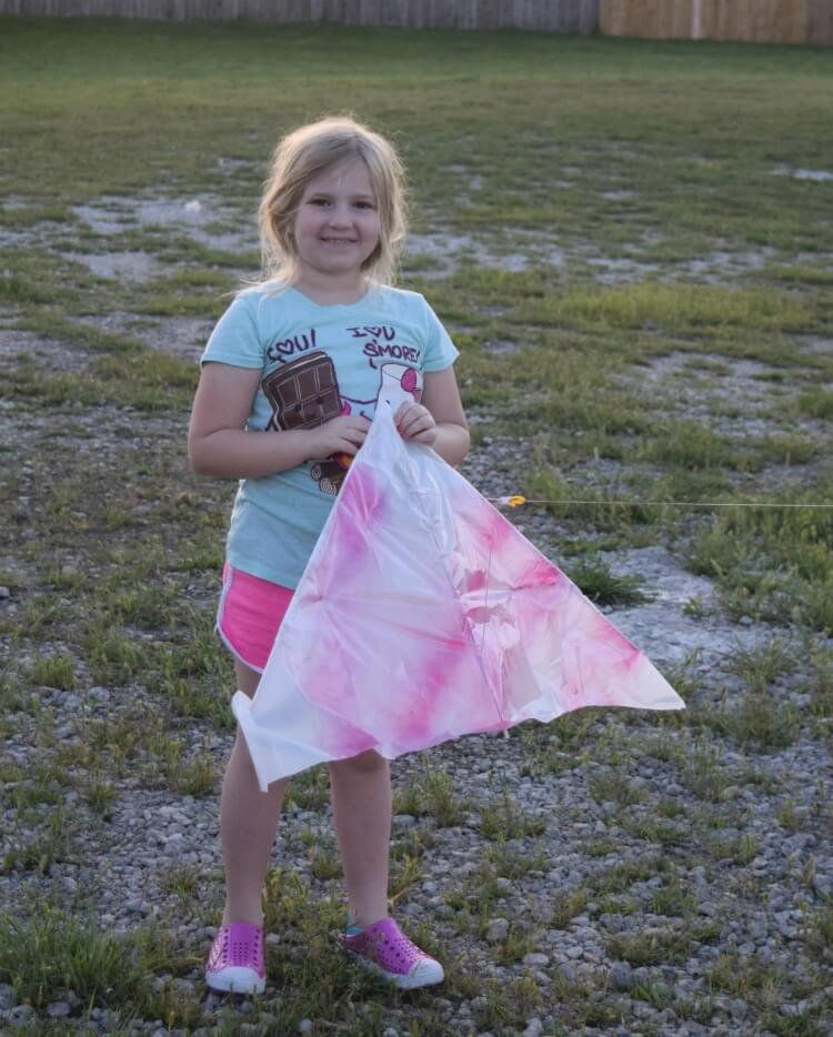 DIY Trash Bag Kite!
