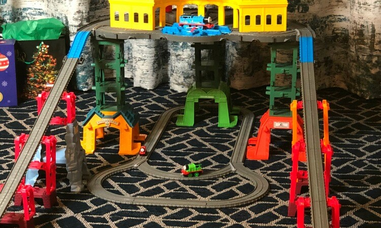 Thomas & Friends Super Station - perfect for playdates