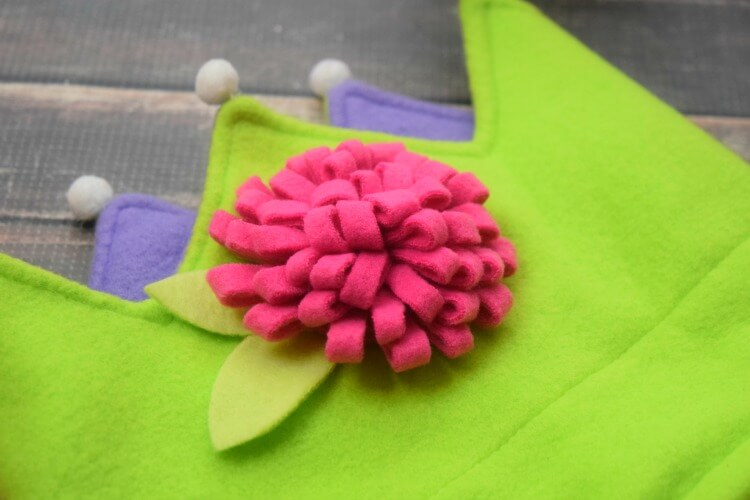 Fleece Flower on Fleece Crown
